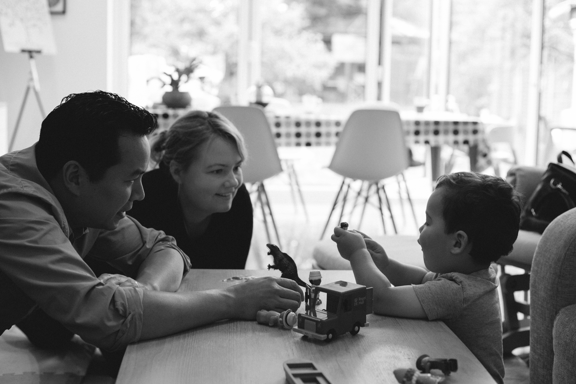 black and white family photography Reading Berkshire
