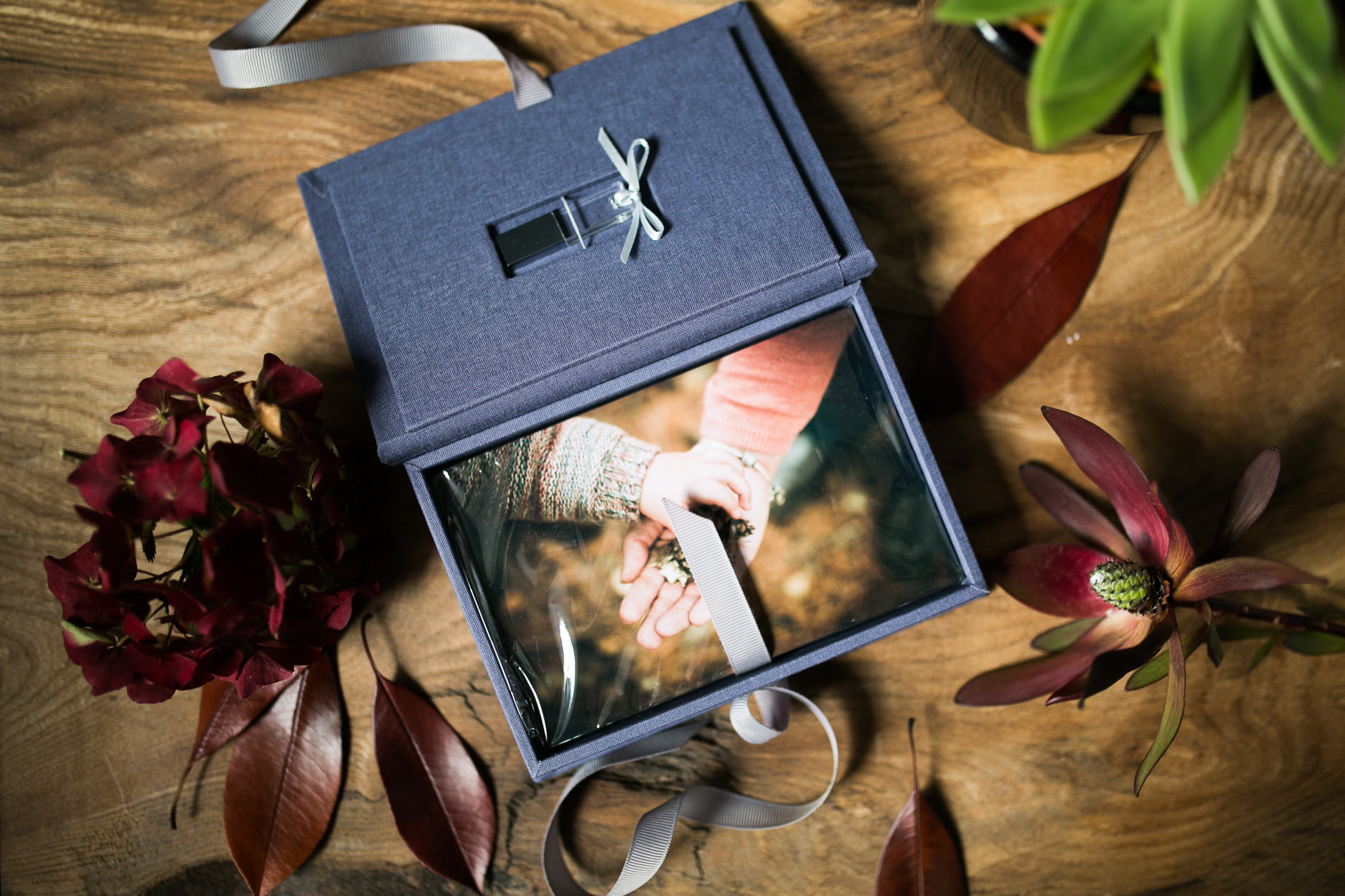 Linen Print Box with usb
