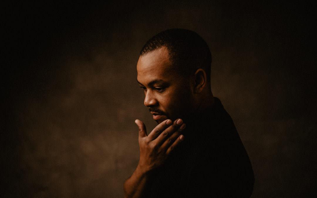 A portrait of Leon – Studio Headshot