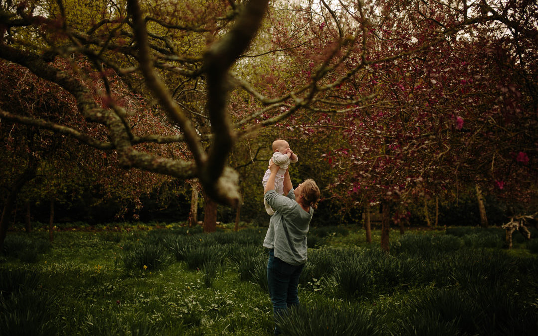 Mother and baby photography – Harris Gardens Reading