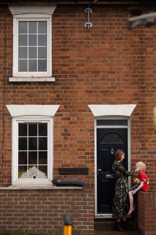 Sapna Odlin Photography - Doortrait Photography Berkshire Reading Fringe